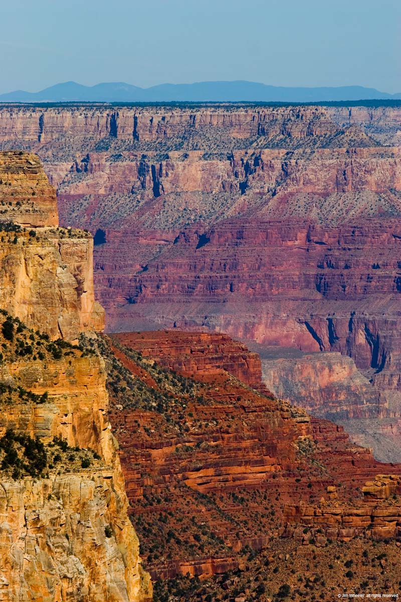 Grand Canyon, view from Yaki Point (200mm 1/750s f/5.6 20D body on sticks)