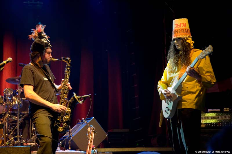 Les Claypool with Buckethead